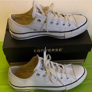 Converse White Leather Sneakers Size 7.5